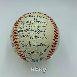 1961 Yankees World Series Champs Team Signed Baseball 33 Sigs Mickey Mantle JSA