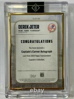 Derek Jeter 2020 Topps Transcendent Captain's 2000 World Series MVP Auto 2/3