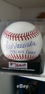 FERNANDO VALENZUELA Signed Baseball 81 world Series champs