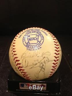 Rare Sep. 1942 World Series Ny Yankees Team Signed Al Harridge Baseball Jsa Coa