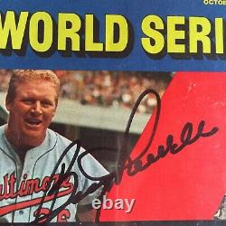 SPORTS ILLUSTRATED OCT 19 1970 ORIOLES vs REDS WORLD SERIES -Signed By All Six
